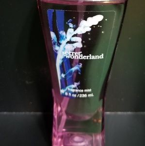 Bath & Body Works Secret Wonderland Fragrance Mist